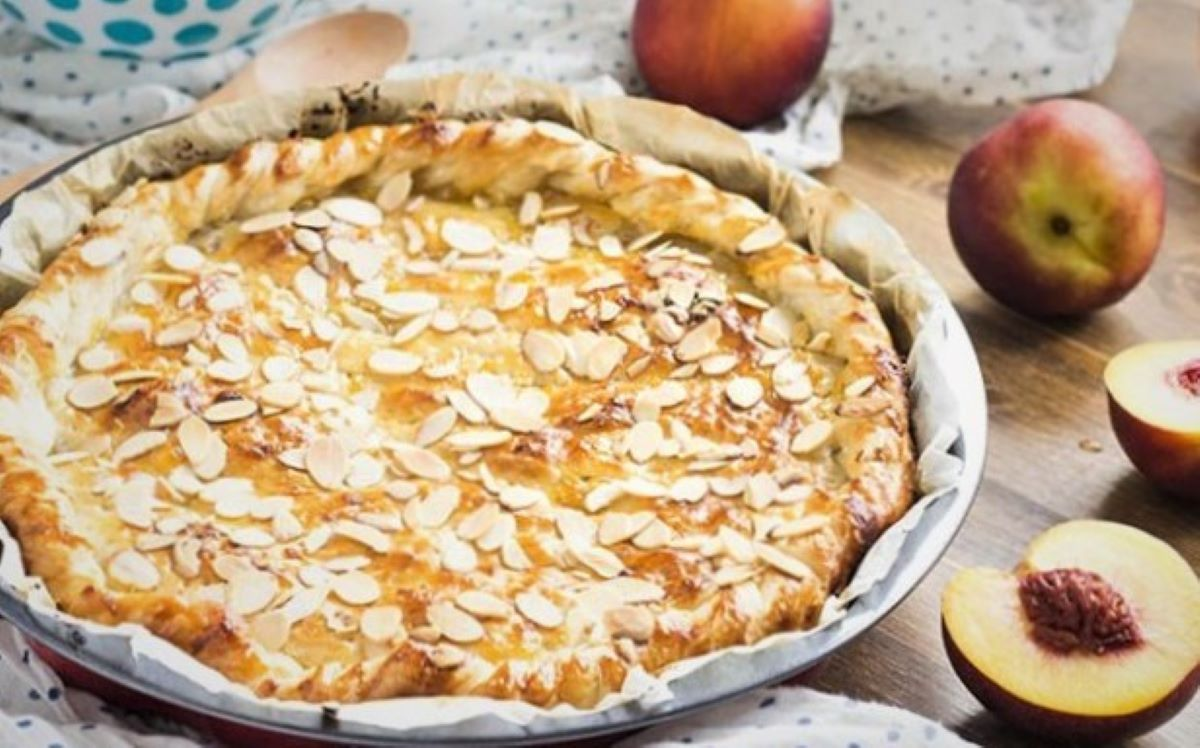 Puff Pastry Peach Pie