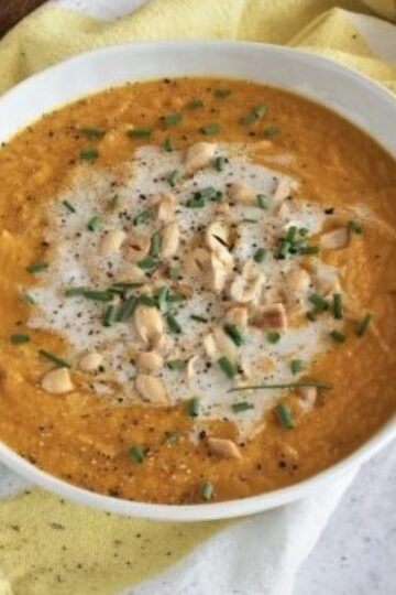Gazpacho with carrots and coconut milk